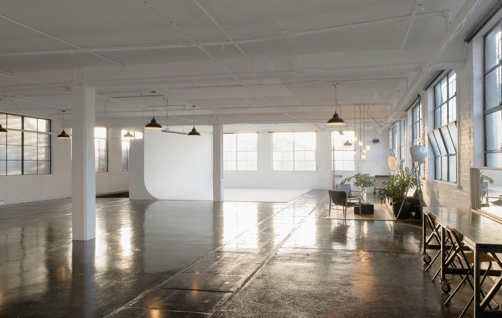 Photography Studio Melbourne With Cyclorama Drive In Access